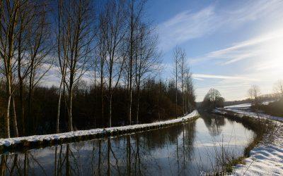Canal de l'Ourcq enneigé